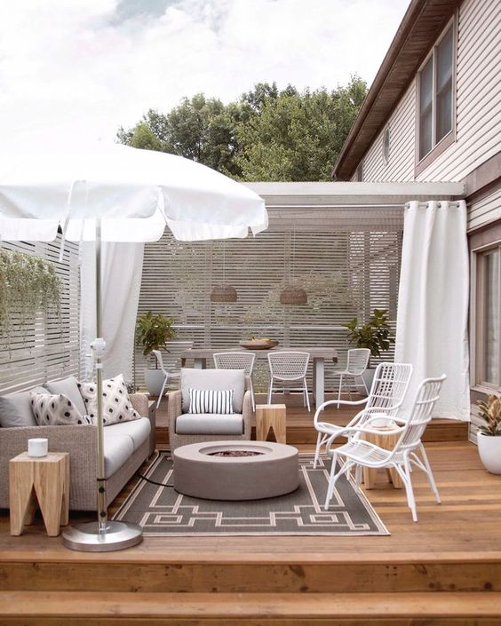 Boho Backyard Ideas: Cool Neutral Shades