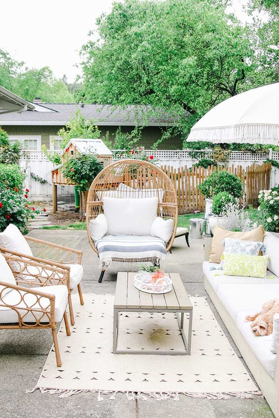 Boho Backyard Ideas: Sweet and Simple