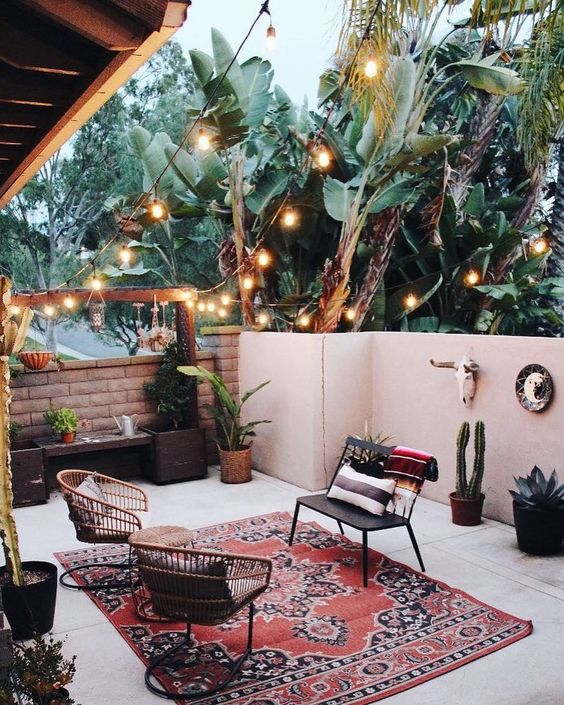 Boho Backyard Ideas: Dreamy Small Backyard