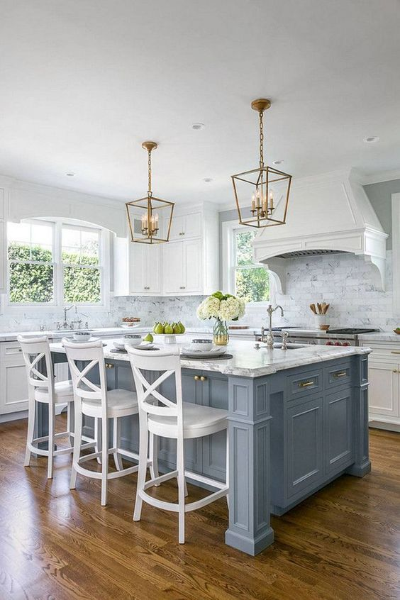 Kitchen with Island Ideas: Elegant Marble