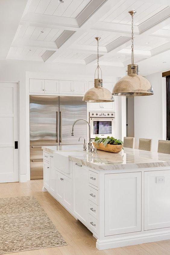 Kitchen with Island Ideas: Modern Sleek Island
