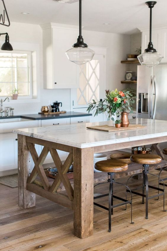 Kitchen with Island Ideas: Rustic Farmhouse Look