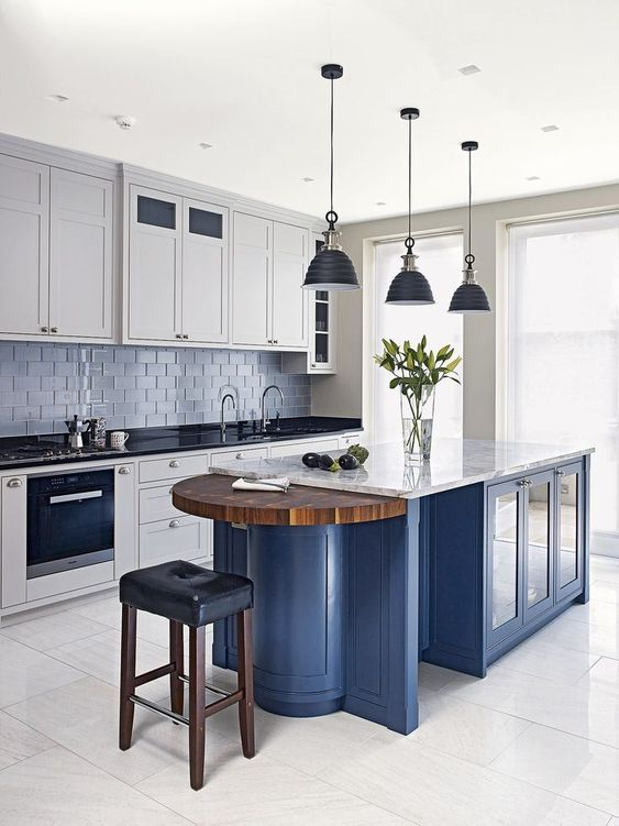 Kitchen with Island Ideas: Bold Navy Accent