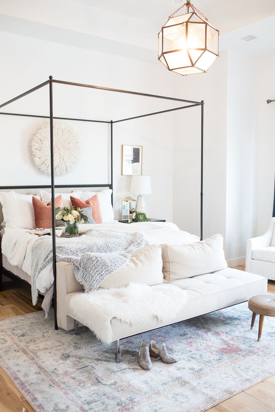 Modern Bedroom Ideas: Chic Bright Decor