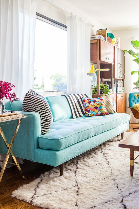 Traditional Living Room: Captivating Bright Sofa