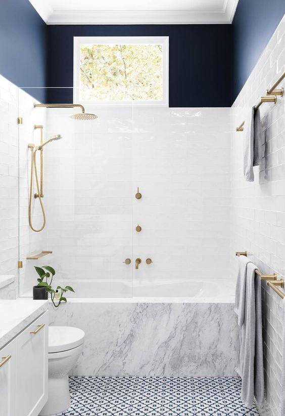 Small Bathroom Ideas: Stylish Modern Look